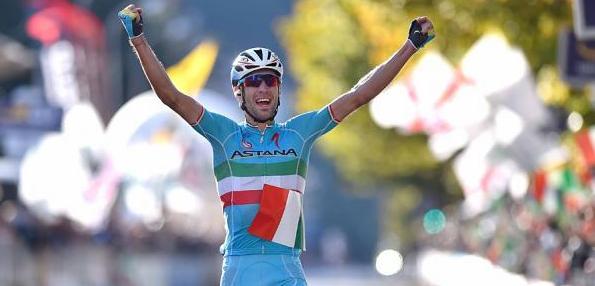 L'an dernier, nous titrions que Dan Martin n'en revenait pas d'avoir pu gagner le Tour de Lombardie. Force est de constater qu'en 2015, la donne fut radicalement différente, et le […]