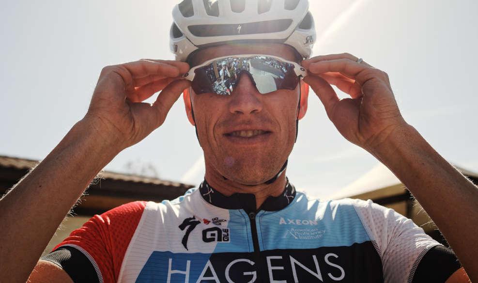 Axel Merckx à la tête de l'équipe Axeon Hagens Berman depuis 2009. Photo : Davey Wilson